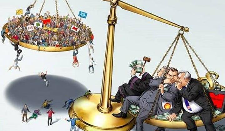 DEMOCRACIA EN DEUDA