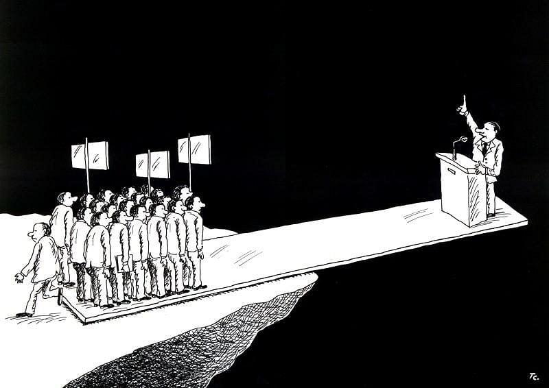 POLÍTICOS: NO NOS DIVIDAN