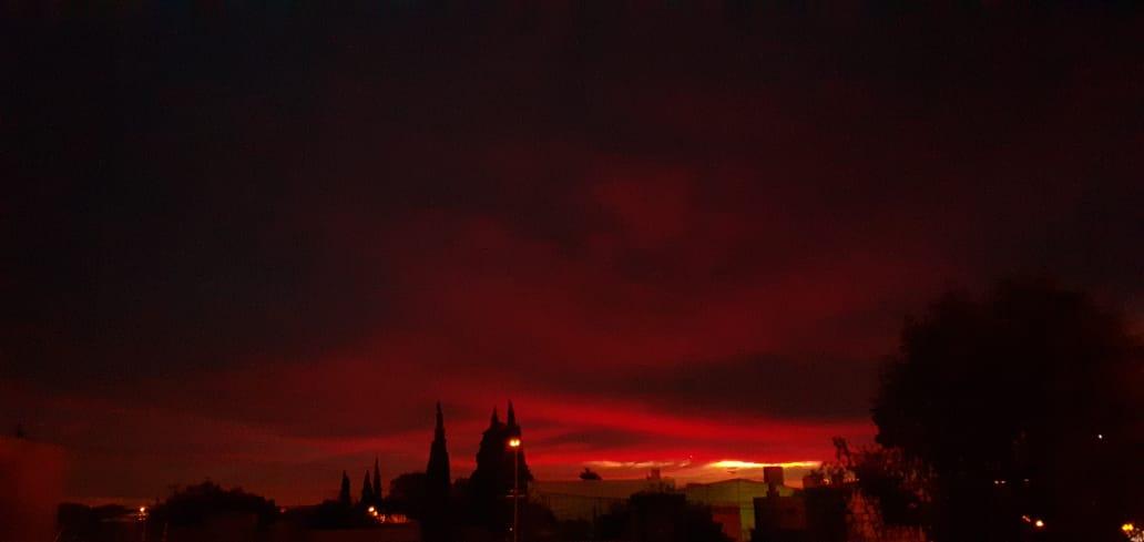 'Rojo sol oro en otoño'