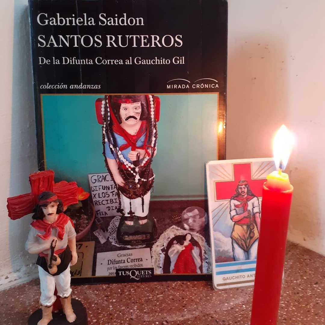 «Santos ruteros» de Gabriela Saidon