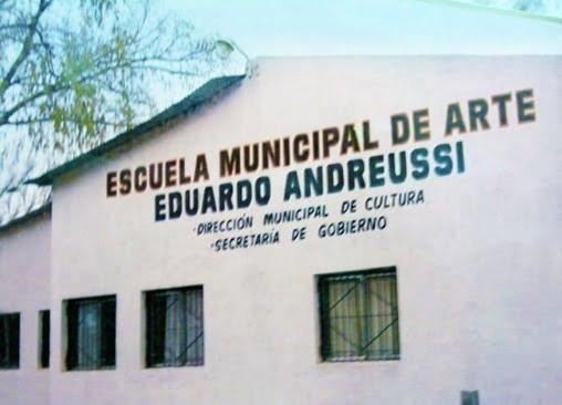 Escuela Abierta en Plaza de los Próceres