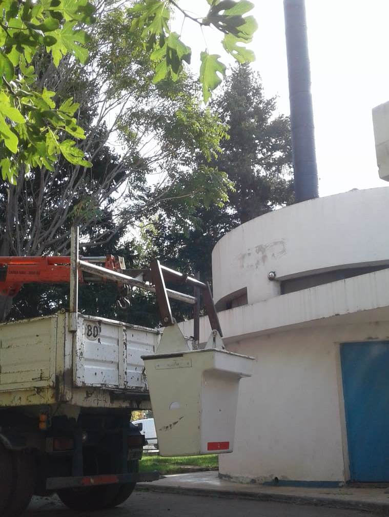 Trabajos en la planta de bombeo de cloacas de barrio Belgrano