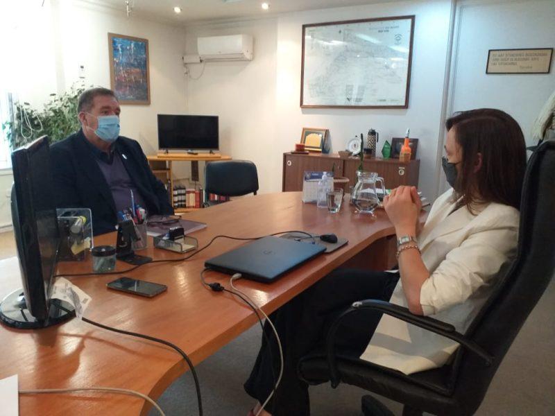 Orazi avanzó en las gestiones para relocalizar la Comisaría de la Familia e incorporar cámaras de monitoreo