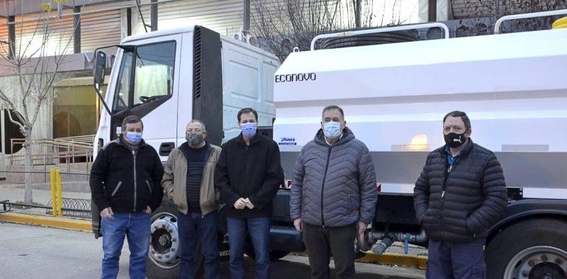 Más maquinaria para el mantenimiento de caminos rurales