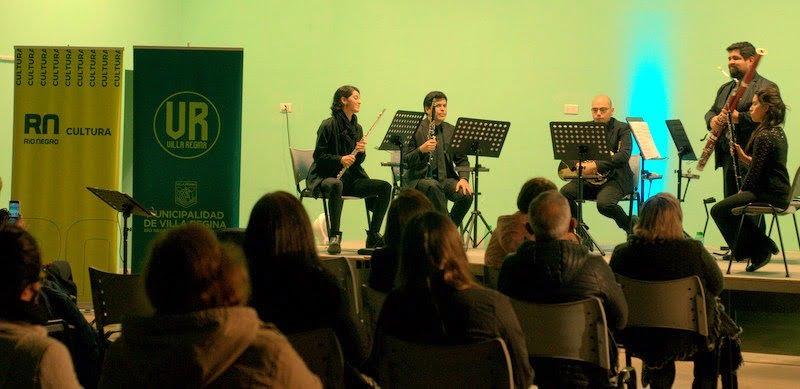 Presentación del Ensamble 'Perla del Valle' junto a 'Trepún Percusión'