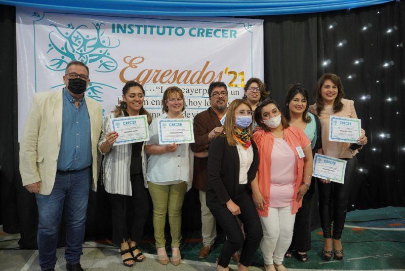 Orazi participó del acto de entrega de diplomas del Instituto Crecer